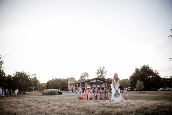 Jean Coubard-Photographe-Toulouse-photo du jeté du bouquet de la mariée