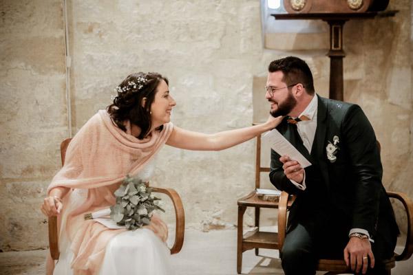 Mariage de Marion & Nicolas- Jean Coubard-Photographe-Bordeaux-Photos de la rigolade à l'église