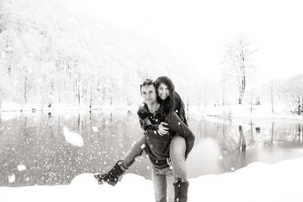 Séance Couple-Jean Coubard-Photographe-couple au lac de Bethmale