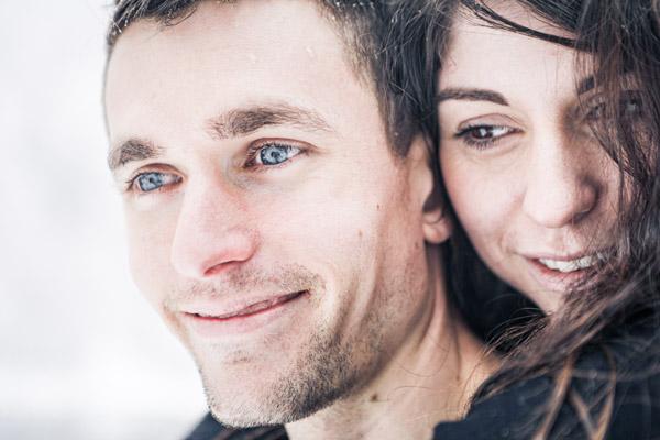 Séance Couple-Jean Coubard-Photographe-couple sous les flocons